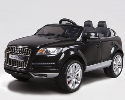 AUDI Q7 ( Electric Car )